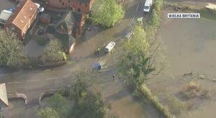 Anglia zmaga się z powodziami